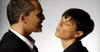 """Miguel Bosé despide a su sobrina: """"Buen viaje Bimba, mi cómplice, mi..."""