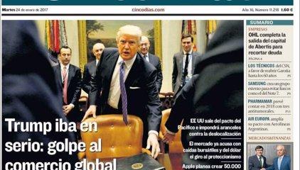 Las portadas de los periódicos económicos de hoy, martes 24 de enero