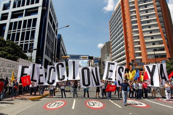 PROTESTAS OPOSICIÓN