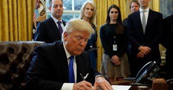 Trump da 'luz verde' por decreto a los polémicos oleoductos Keystone y...