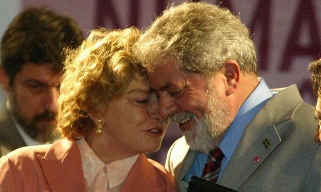 Lula y su mujer