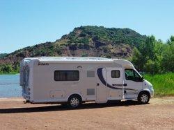 Lanzan en España una app que permite alquilar 3.000 autocaravanas y furgonetas 'camper'