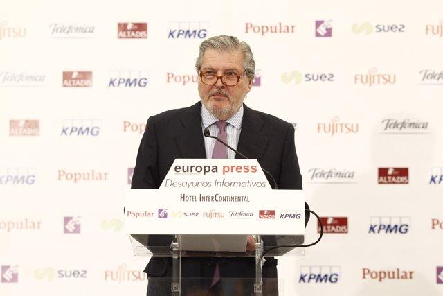 Desayuno informativo de Europa Press con el ministro Íñigo Méndez de Vigo