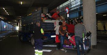 El Aeropuerto de Gran Canaria dona 11.100 objetos perdidos y no...