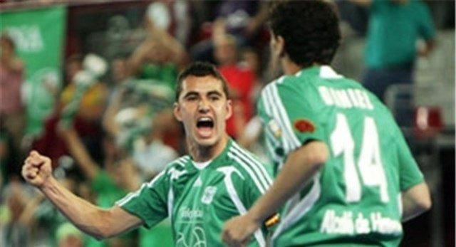 Neto jugador brasileño