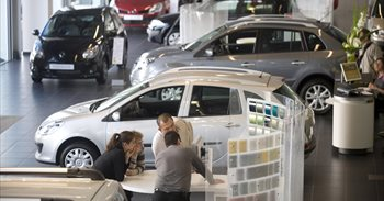 Hacienda estudia endurecer el impuesto de matriculación para 830.000 coches