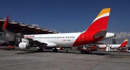 Iberia necesita modificar los convenios para operar desde for Vuelos barcelona paris low cost