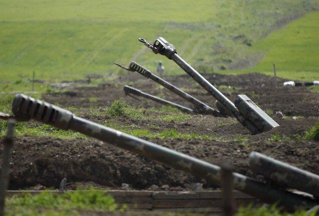 Azerbaiyán confirma la muerte de uno de sus soldados en ...