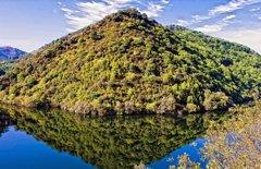 Cinco razones para visitar la Ribeira Sacra durante el invierno, un escenario de novela