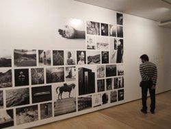 Ocho becarios de la Fundación Botín recorren el arte más reciente en la muestra 'Itinerarios XXII'