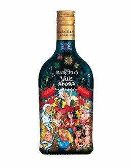 Resultado de imagen de Barceló disfraza su botella
