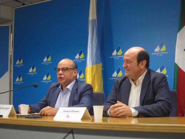 Barragán y Ortuzar en rueda de prensa