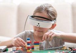 Llancen les eSight 3, unes ulleres que ajuden a veure a persones que només conserven un petit percentatge de visió (ESIGHT)