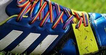 Ayuntamientos repartirán cordones arcoíris entre sus equipos deportivos...