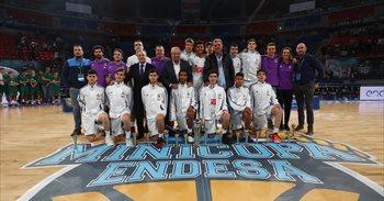 El Real Madrid conquista su quinta Minicopa consecutiva tras batir al...