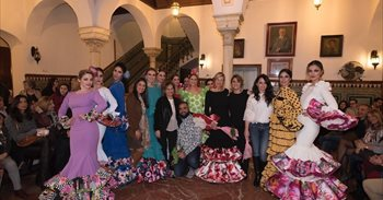 Diseñadores andaluces se unen contra el cáncer en el Círculo Mercantil de...