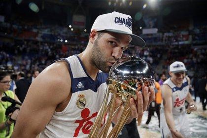 Felipe Reyes conquista la sexta Copa el mismo día que nace su hijo Axel