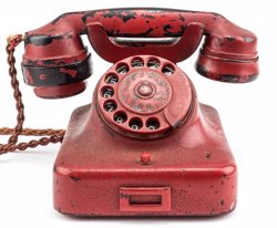 El telèfon que va usar Hitler al búnquer de Berlín, subhastat per més de 200.000 euros als Estats Units (ALEXANDER HISTORICAL AUCTIONS)