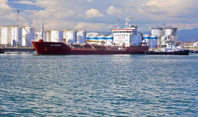 Productos químicos en el Puerto de Tarragona