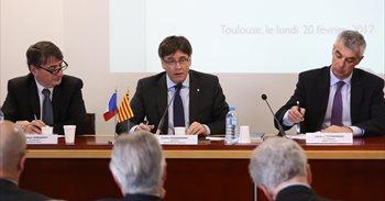 """Puigdemont asegura en Francia que un Estado catalán """"cumplirá las reglas..."""