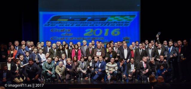 El Teatro Auditorio de Vícar ha acogido la Gala de los Campeones 2016.