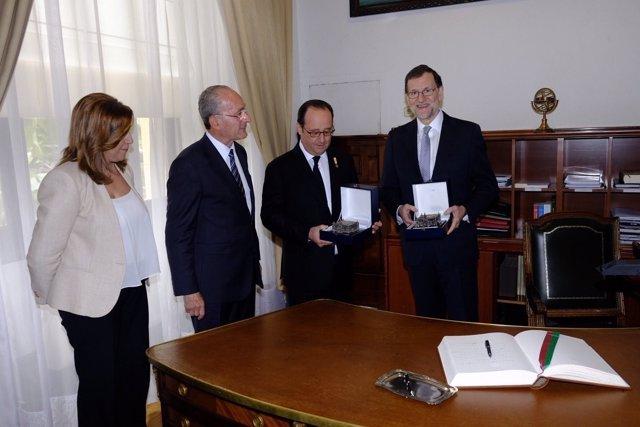 De la Torre entrega a Hollande y Rajoy un obsequio en presencia de Susana Díaz