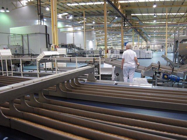 Trabajadora industria La Rioja, empresas