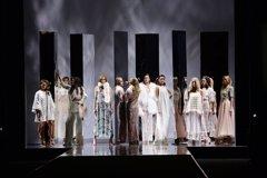 Duyos celebra su 20 aniversario reuniendo en la pasarela a las top models de España