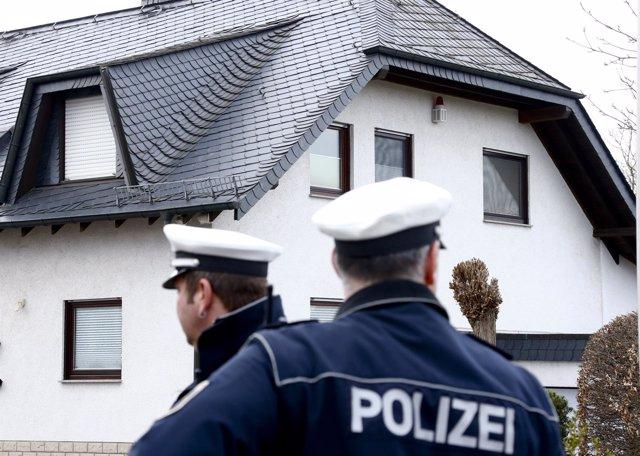 La Policía alemana custodia la casa del copiloto de Germanwings