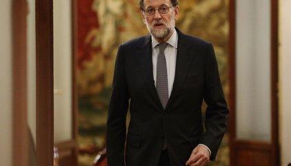 """Rajoy ve un """"disparate"""" hablar de """"intervención"""" en Cataluña y pide """"cordura"""" y """"relajar las cosas"""""""