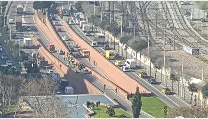 Detenido a tiros un sueco con antecedentes psiquiátricos por robar un camión de butano en Barcelona