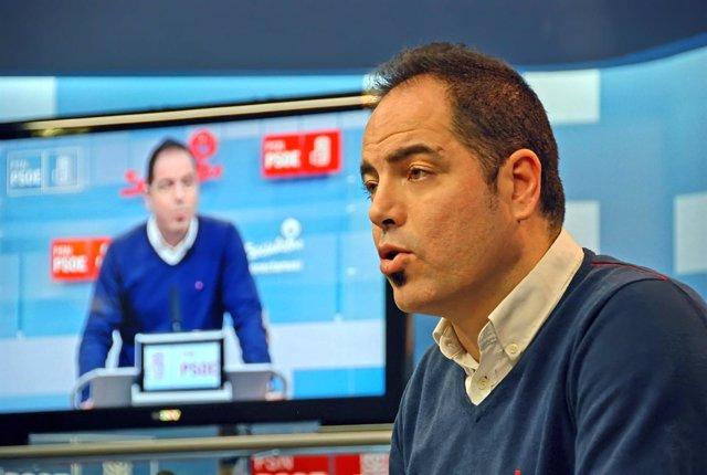 Ramón Alzórriz, concejal del PSN en Burlada.