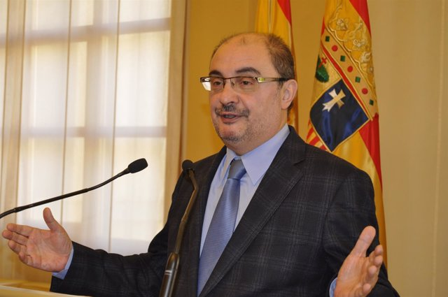El presidente de Aragón, Javier Lambán, hoy en el edificio Pignatelli