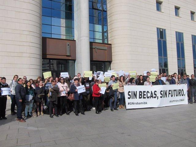 Concentración frente al Palacio de Justicia.