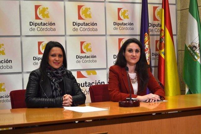 Gómez (dcha.) y Rodríguez, durante la presentación de la web