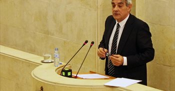 """Van den Eynde cree que hay una """"segunda línea"""" en Génova a favor de que..."""