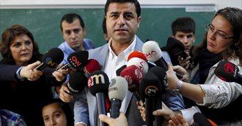 """Condenado a cinco meses de cárcel el colíder del HDP por """"insultar al..."""