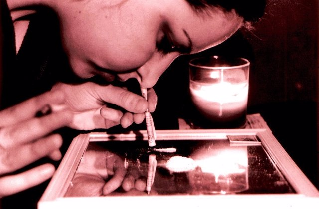 Cocaina, droga, mujer