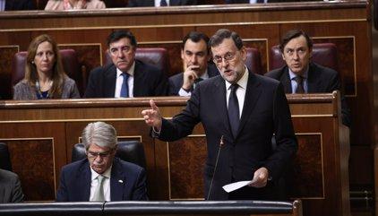 """Rajoy no niega su reunión con Puigdemont, al que emplaza a """"hablar de problemas reales, no de liquidar España"""""""