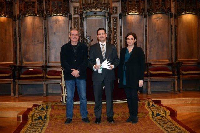 Jordi Via, Xavier Ros (Seat) y Ada Colau