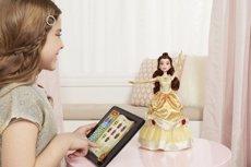 Dance Code Belle, la nina de la Bella i la Bèstia que ensenya a programar als més petits (HASBRO)