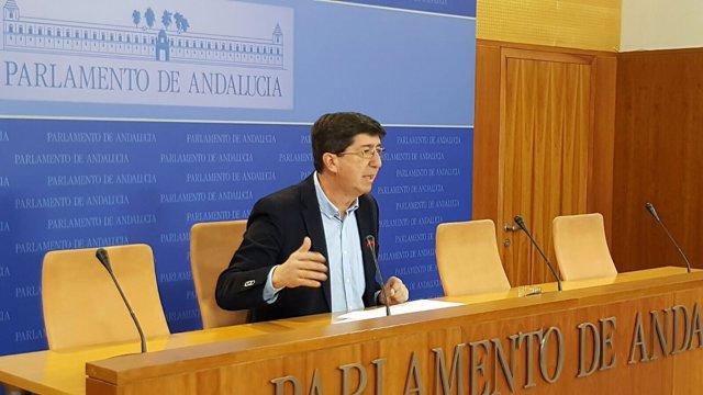 Juan Marín en rueda de prensa