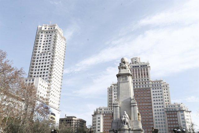 Torre Madrid, Edificio España, en Plaza de España