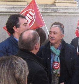 Pepe Álvarez en la concentración sindical