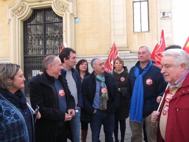 Concentración de UGT y CCOO en Valladolid