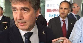 Espolín nel Senáu ente Podemos y Cosidó, acusáu d'usar la Policía con...