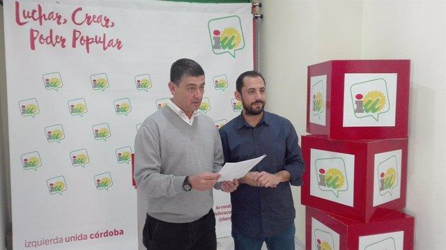 Cabrera y Pérez en la sede de IU en Córdoba