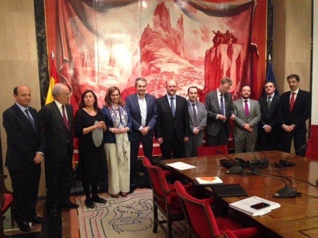 José Luis Rodríguez Zapatero con la Comisión de Hacienda del Congreso