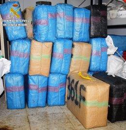 Intervenidas tres toneladas de hachís en Tarifa