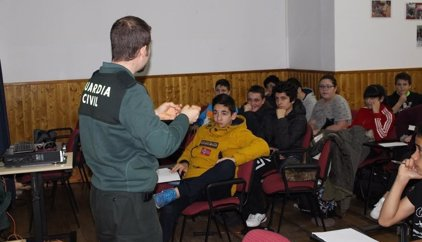 Detenidos cinco adolescentes por la agresión grabada a la menor de Colmenar Viejo